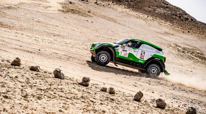 QCCR: Yasir Seaidan bei Debüt im MINI ALL4 Racing auf Platz vier