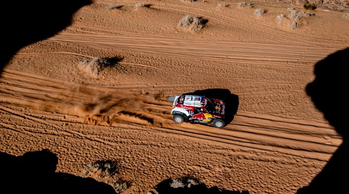 Dakar 2020 // SS5: Stage win number two for Carlos Sainz